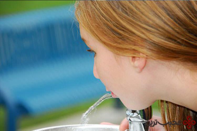 اضافه کردن فلوراید به آب