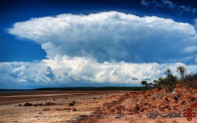 ۳ در استرالیا نوعی ابر صاعقه دار وجود دارد که هر سال عصرهنگام از ماه سپتامبر تا مارس رخ می دهد